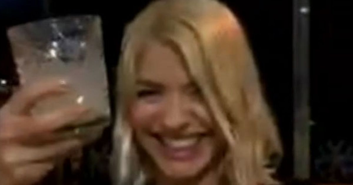 'Tipsy' Holly Willoughby walks out of wrap party for This Morning interview