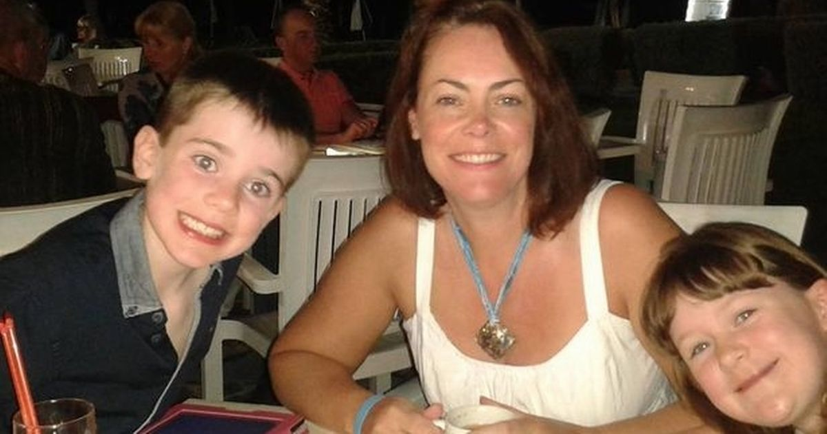 Tragic mum dies just days after falling mysteriously ill on family holiday