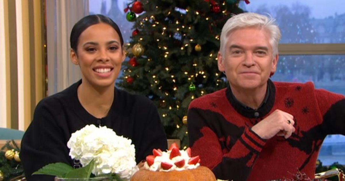 Holly Willoughby makes shock return to This Morning on Rochelle Humes' last day
