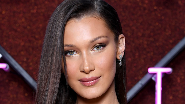 Bella Hadid Proves That Pink Hair Can Be Subtle