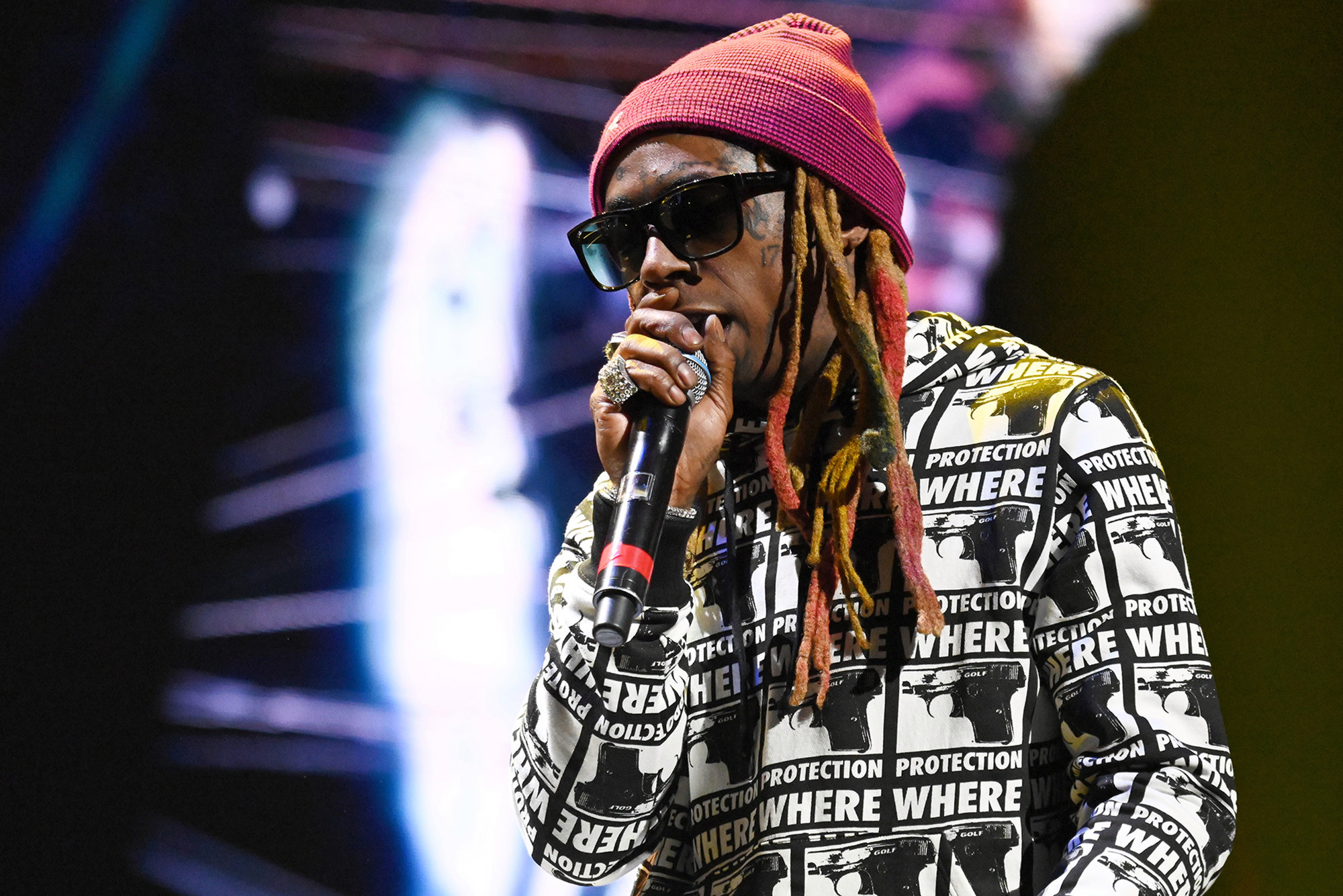 Lil Wayne puts on intimate show at Art Basel party