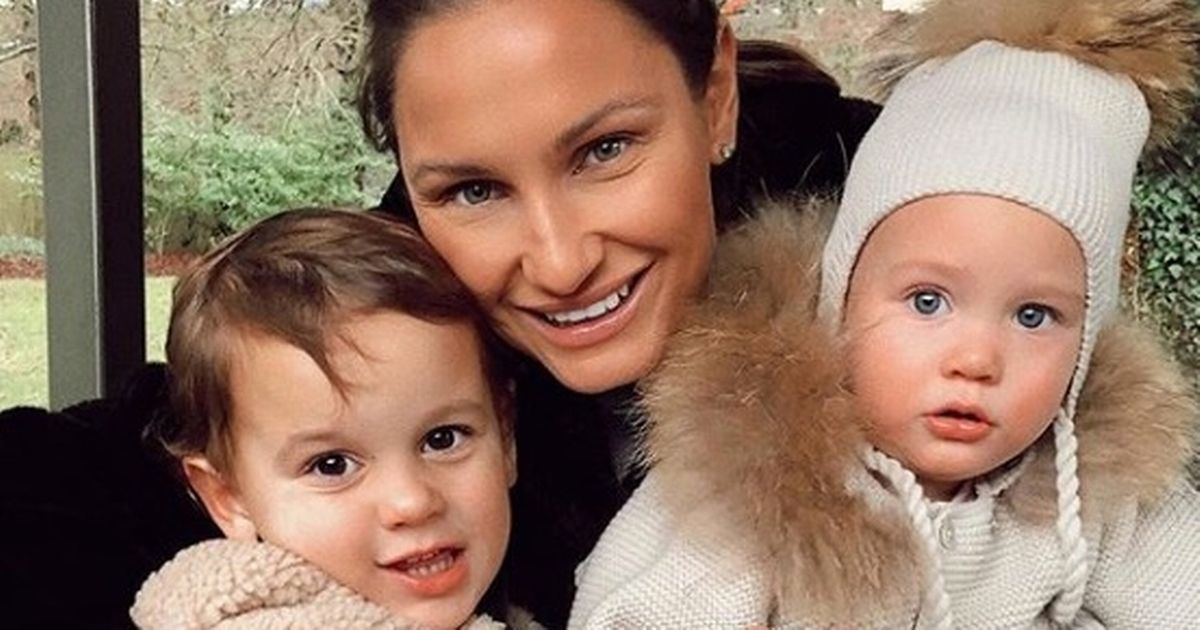 Sam Faiers refuses to apologise over baby clothing brand's rip-off claims