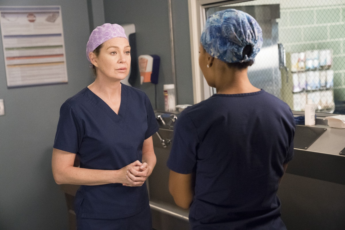 'Grey's Anatomy,' 'Friends,' & Netflix Faves Were The Most Marathoned TV Shows In 2018