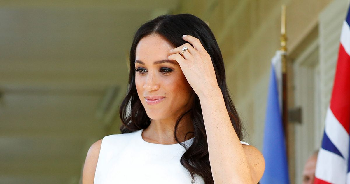Meghan's Christmas photo has striking resemblance to her first wedding invite