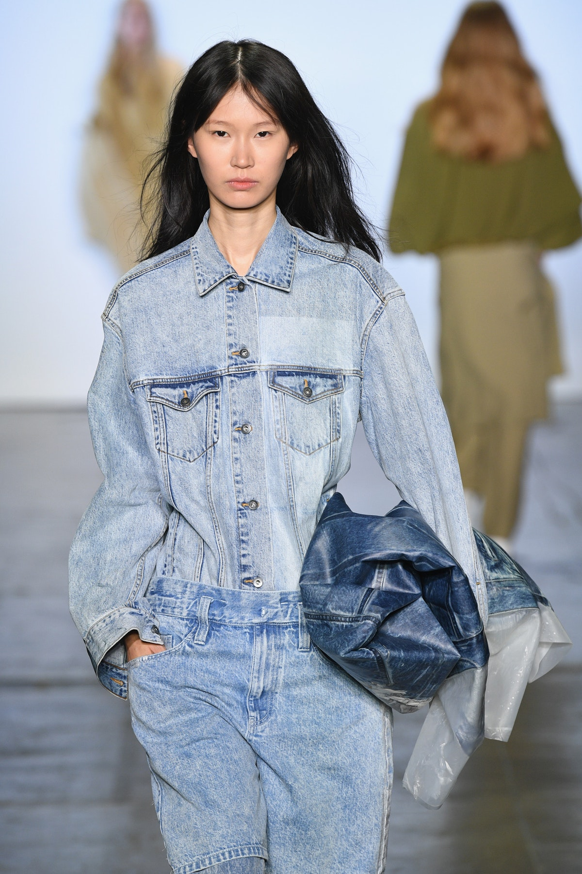 These 2019 Denim Trends Will Make You Feel The Opposite Of Blue