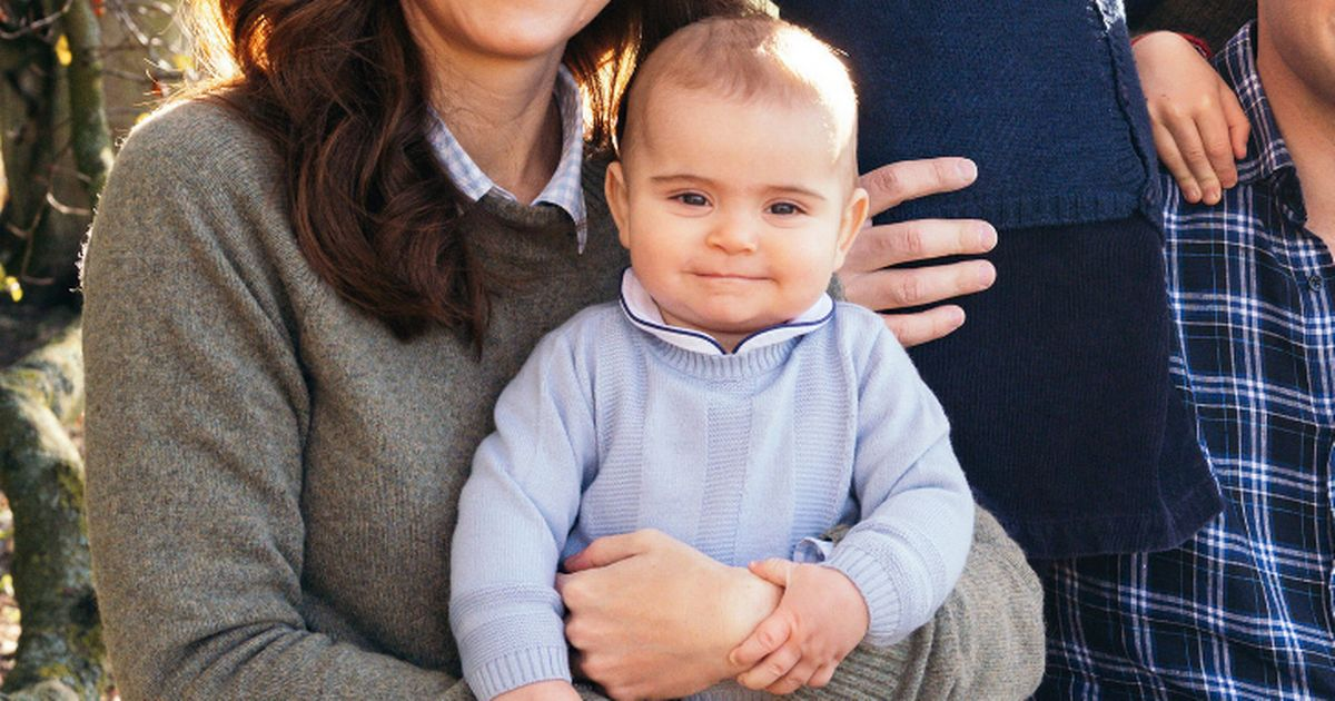 Cute detail about Prince George in Christmas card – and it breaks royal protocol