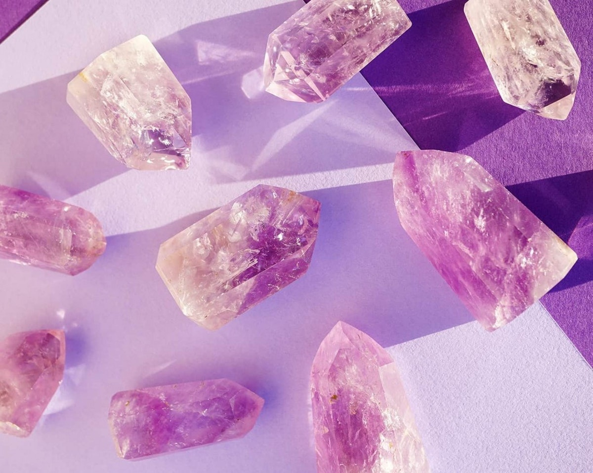 11 Easy One-Minute Crystal Rituals That Will Help You Attract All The Good Vibes