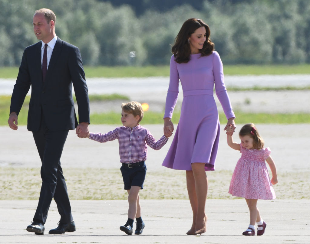 What Does Kate Middleton Do with All Her Dresses? – The Cheat Sheet