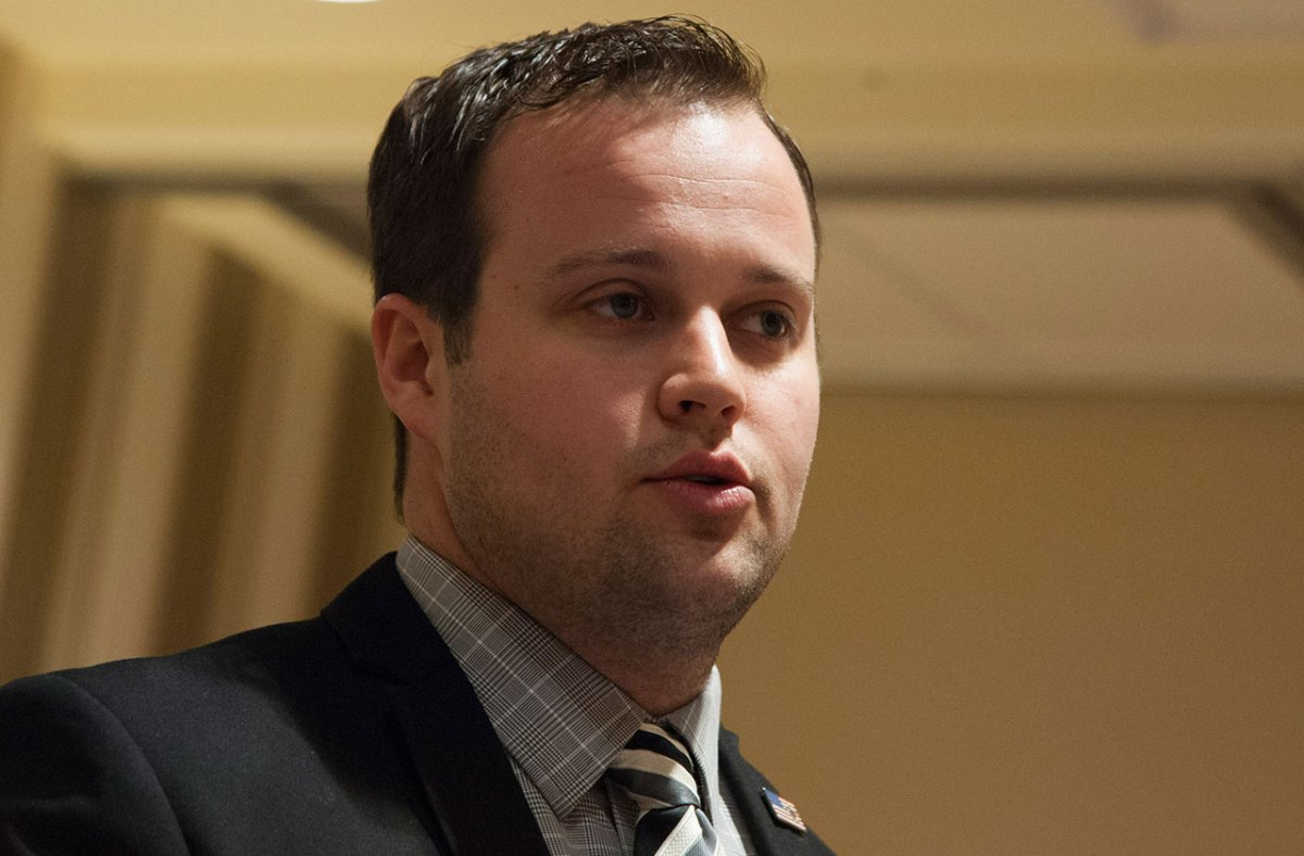 Another Loss For Josh Duggar! Judge Dismisses Privacy Lawsuit Over Sex Molestation