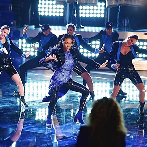 """'The Voice' Finalist Kennedy Holmes Belts Out a Beyonce-Inspired Version of Demi Lovato's """"Confident"""""""