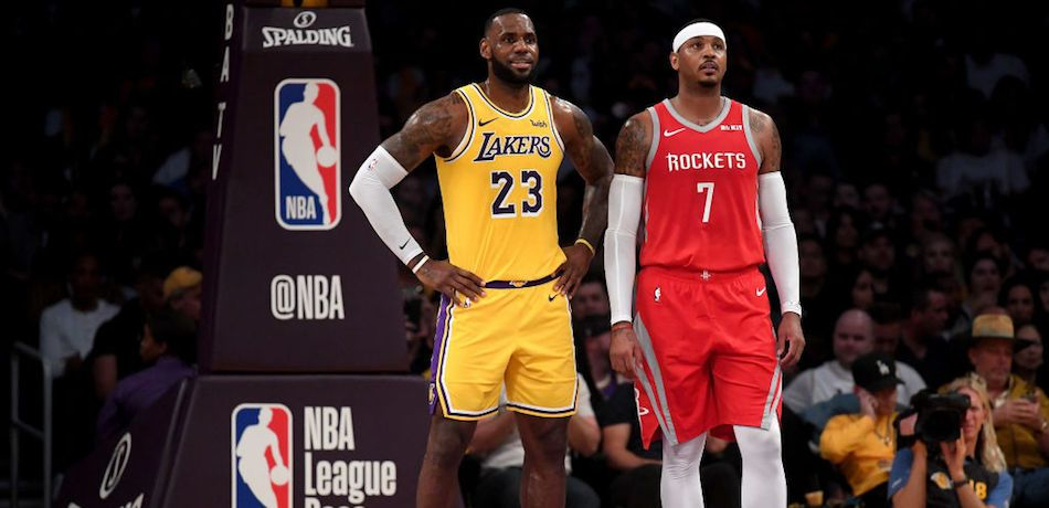 NBA Rumors: Carmelo Anthony Spotted Having Dinner With LeBron James As Talk Of Joining Lakers Heats Up