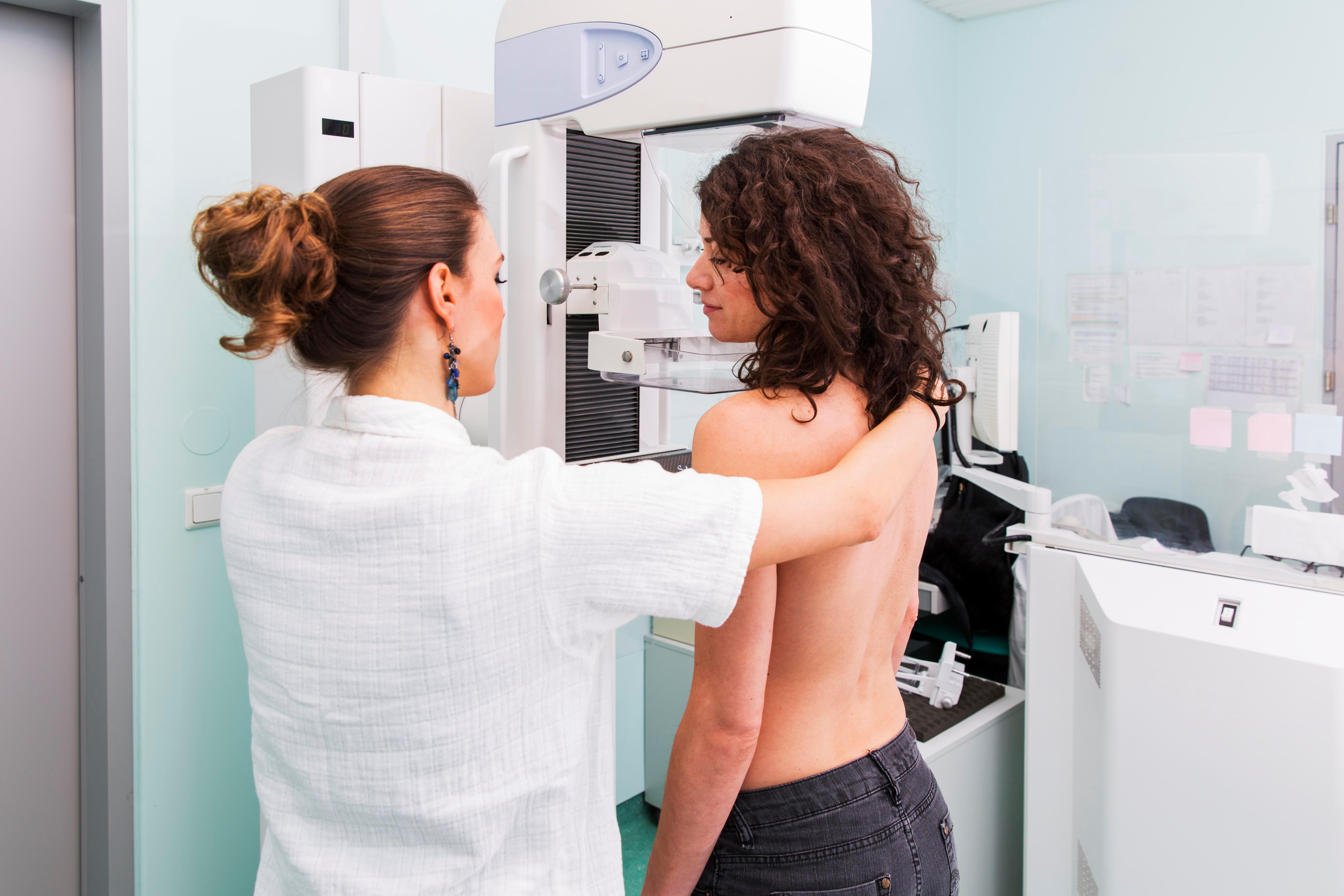 Hundreds of thousands of women 'dragged into breast cancer scare'