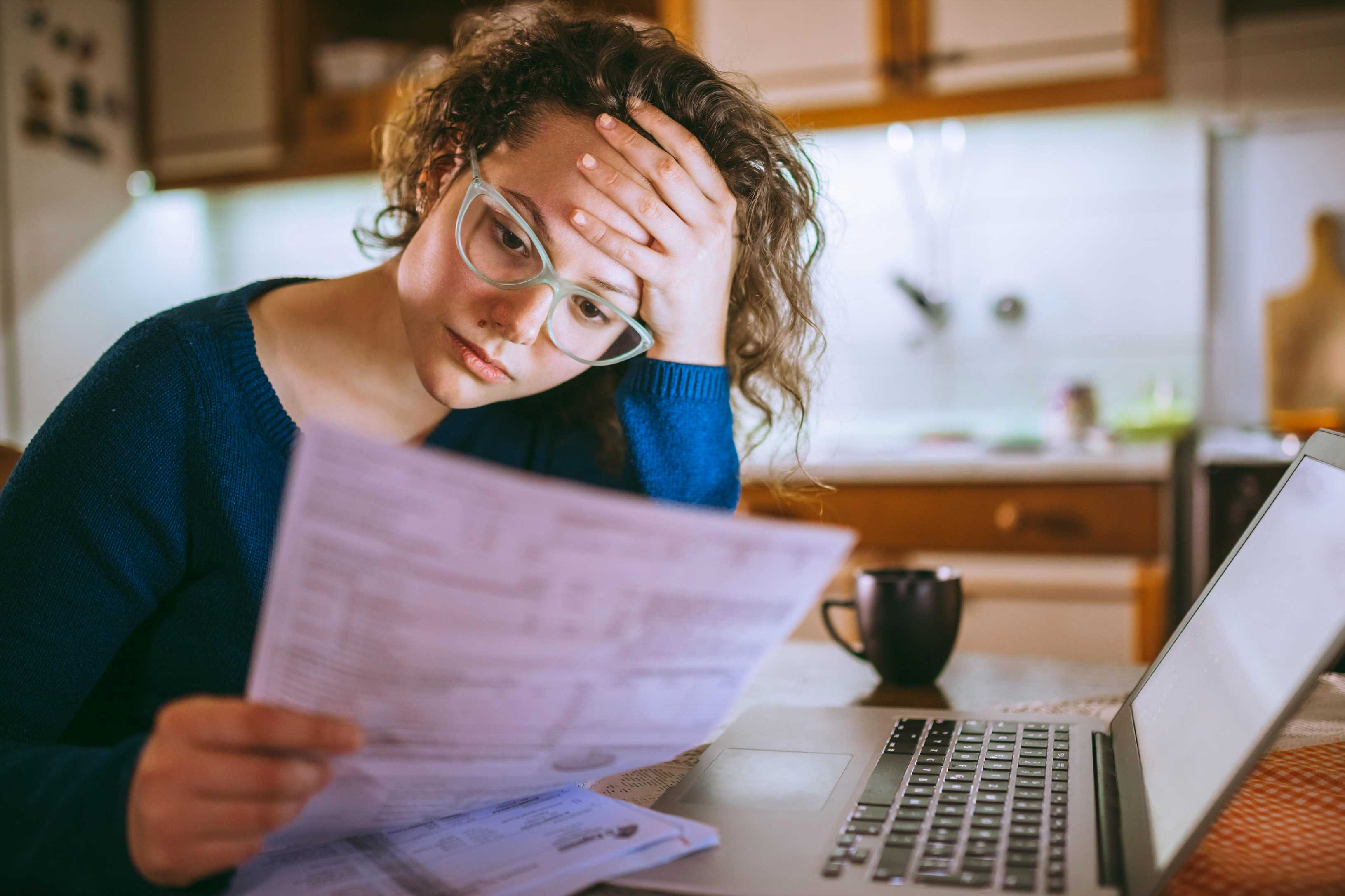 Universal Credit problems – how to get help if your payments are stopped or reduced