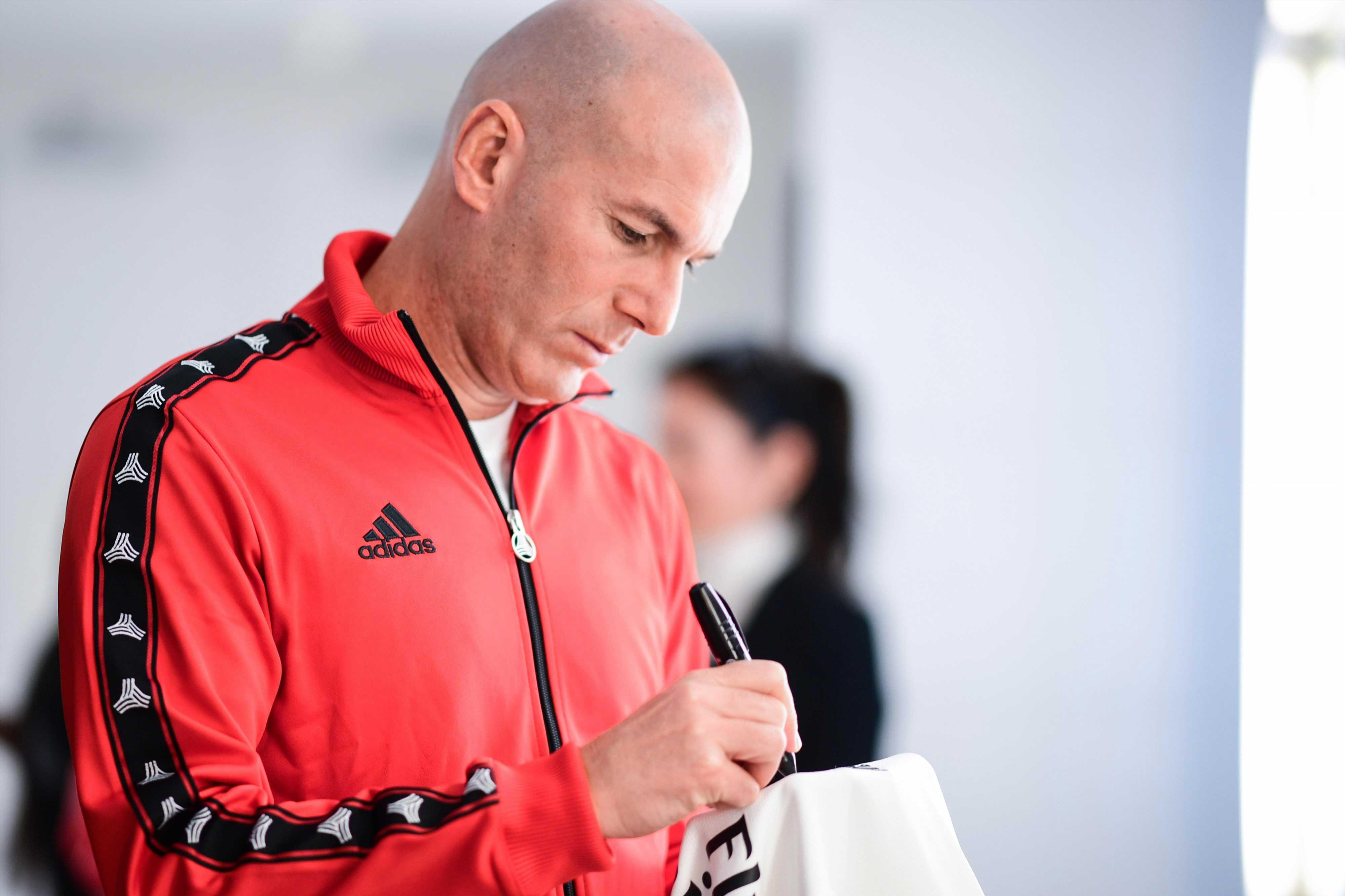 Man Utd legend Paul Scholes doesn't think Zinedine Zidane is right to replace Jose Mourinho