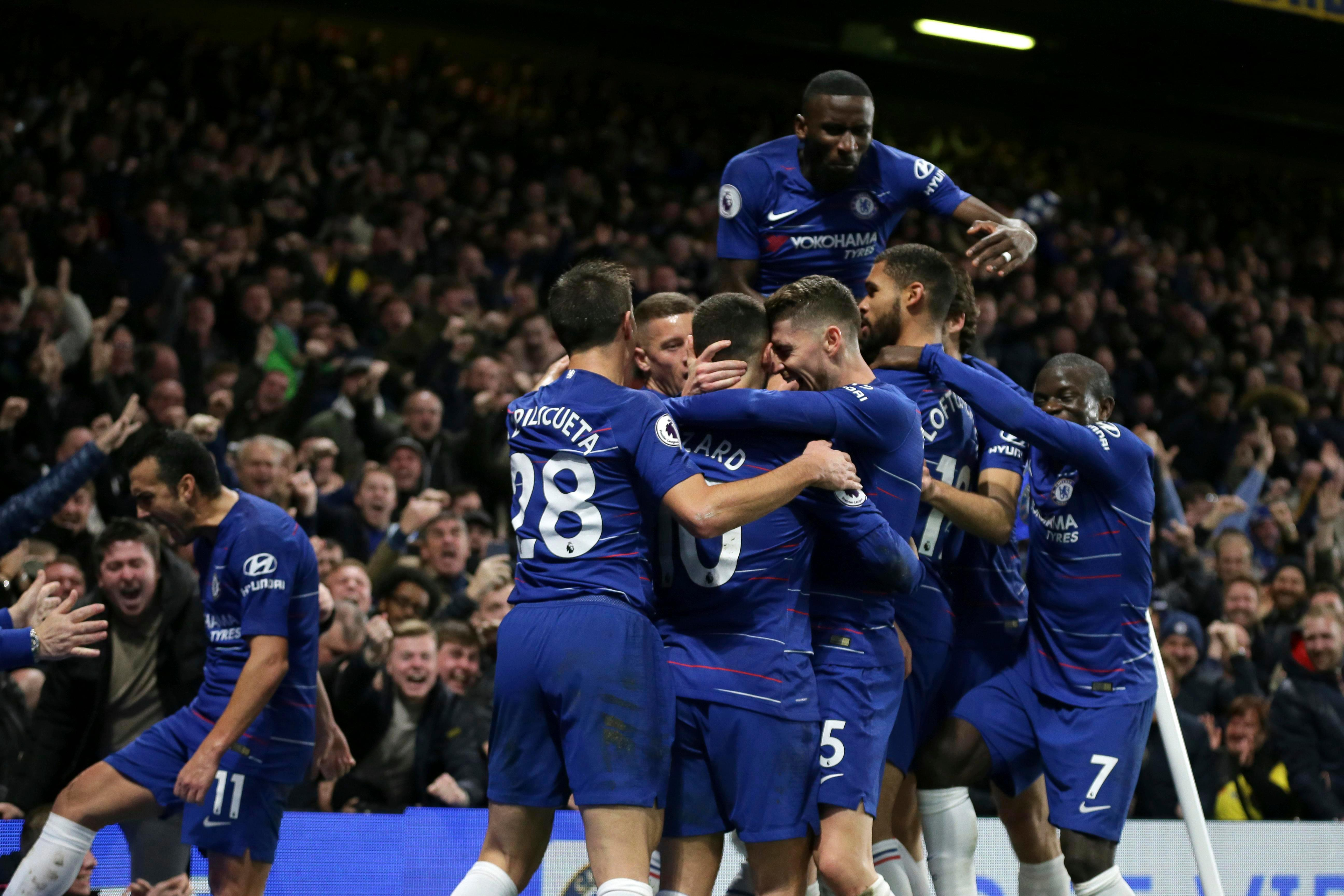 6am Chelsea news: Blues lead race to signChristian Pulisic,Cesar Azpilicueta shined in Manchester City win andVictor Moses could be offloaded in January