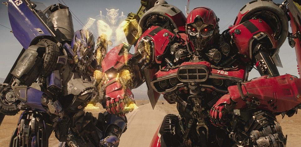 Bumblebee Featurette and Clip: Decepticons Hunt Bumblebee – /Film