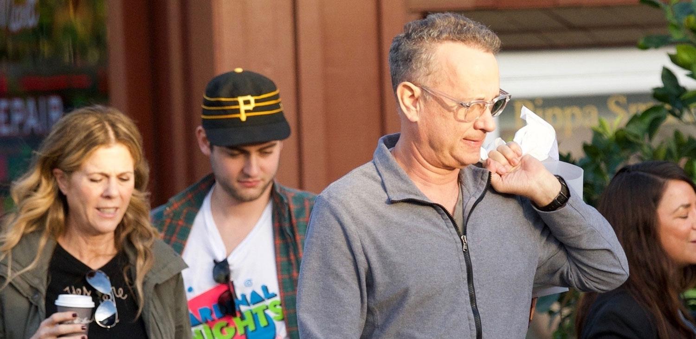 Tom Hanks, Rita Wilson, & Son Truman Go Christmas Shopping
