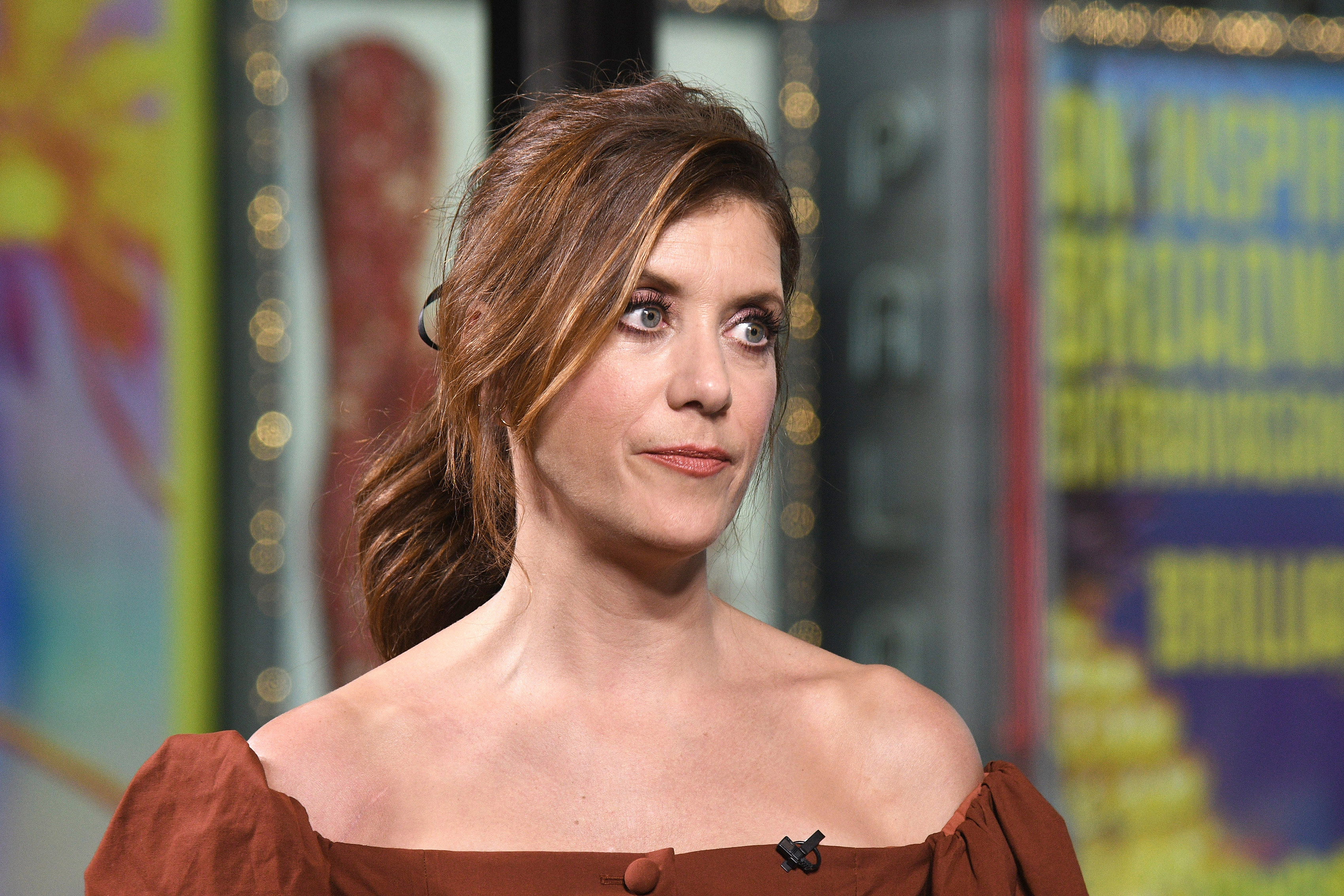 Kate Walsh ignores flasher at holiday party