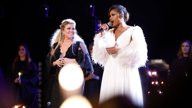 Jennifer Hudson & Kelly Clarkson Stun With Gorgeous 'O, Holy Night' Duet On 'The Voice' Finale