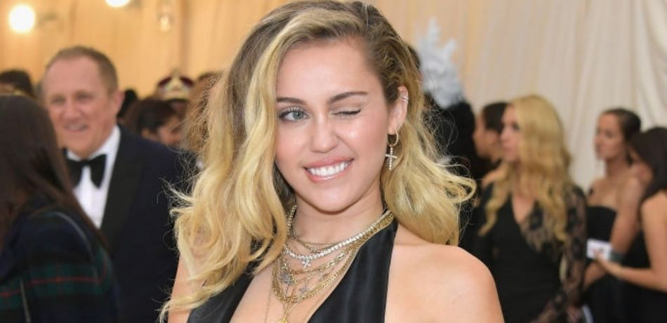 Miley Cyrus Admits Her Mother Is Responsible For Her Smoking Weed