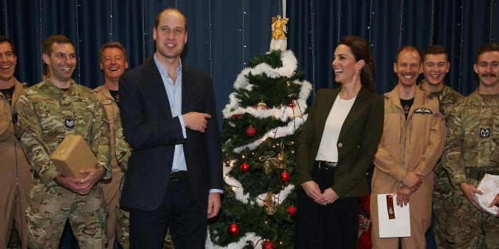 William Teased Kate for Dressing Like a Christmas Tree & We're Dying
