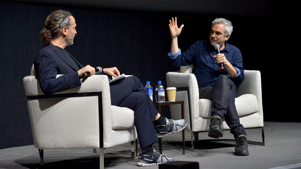 Alfonso Cuarón Details 'Roma' Cinematography With 'Gravity' DP Emmanuel Lubezki