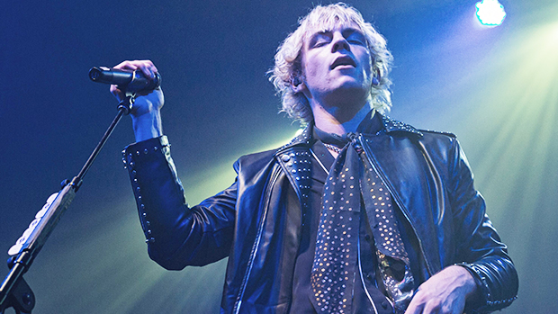Ross Lynch Makes Fans Swoon Performing 'Jersey Boys' Track With His Shirt Unbuttoned