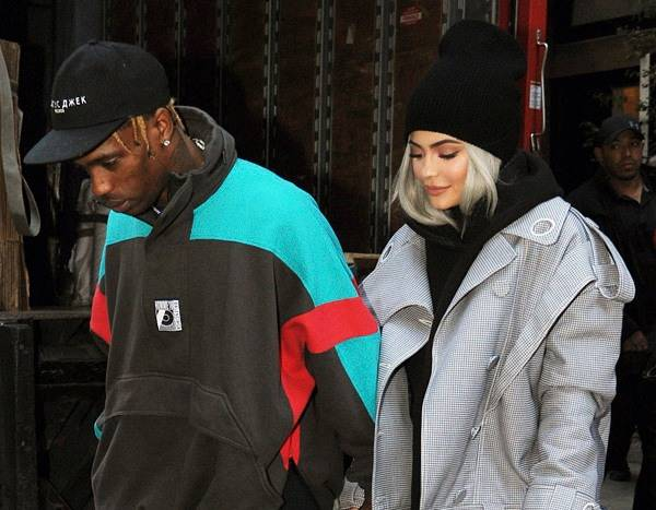 Travis Scott Denies Cheating Rumors: ''Only Got Love for My Wife''