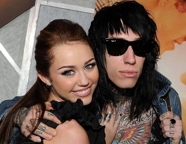 Miley Cyrus' Brother Trace Cyrus Gets Engaged