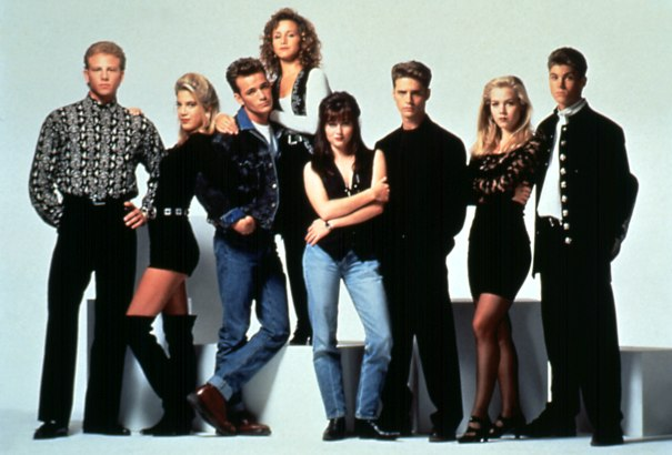 'Beverly Hills, 90210' Series Reboot With Original Cast Shopped To Networks