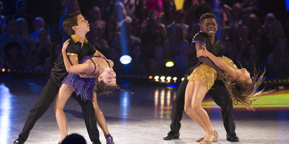 Ariana Greenblatt & Sky Brown Perform Together For Team Dance on 'DWTS Juniors' Semi-Finals – Watch Here!
