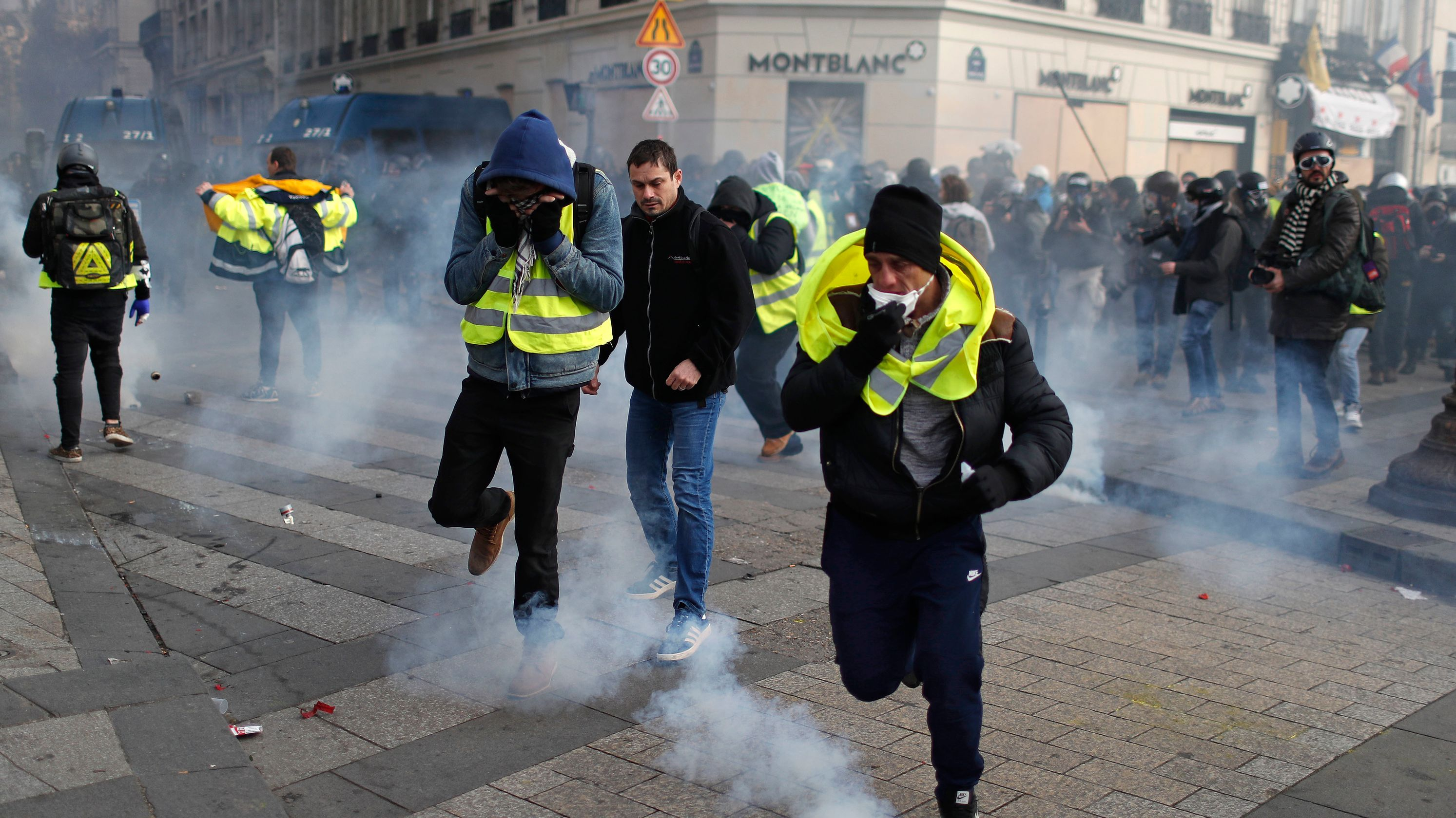 Yellow vest protesters in France march through Paris amid fears of new violence