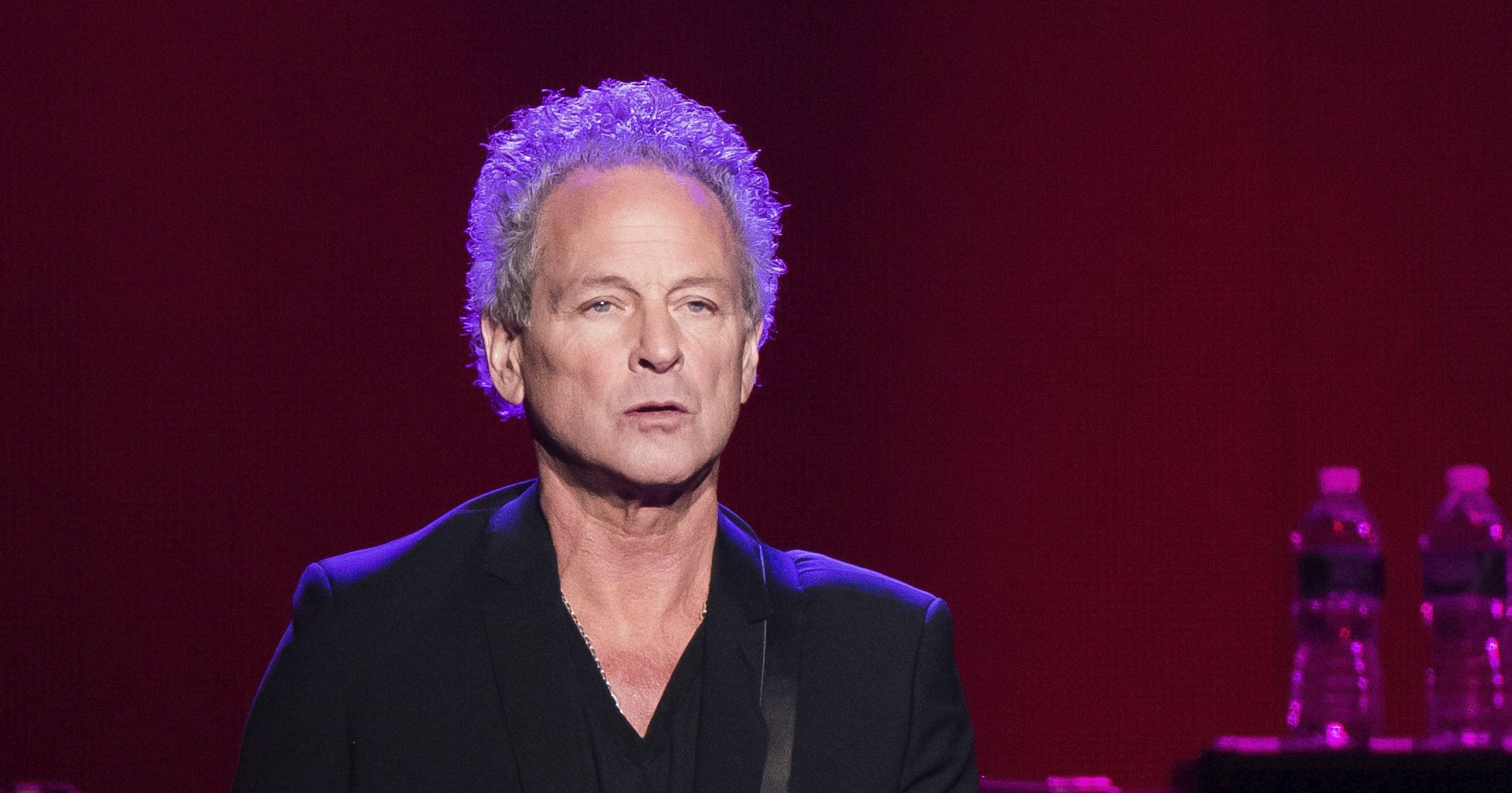 Lindsey Buckingham says Stevie Nicks gave Fleetwood Mac 'an ultimatum,' caused his departure