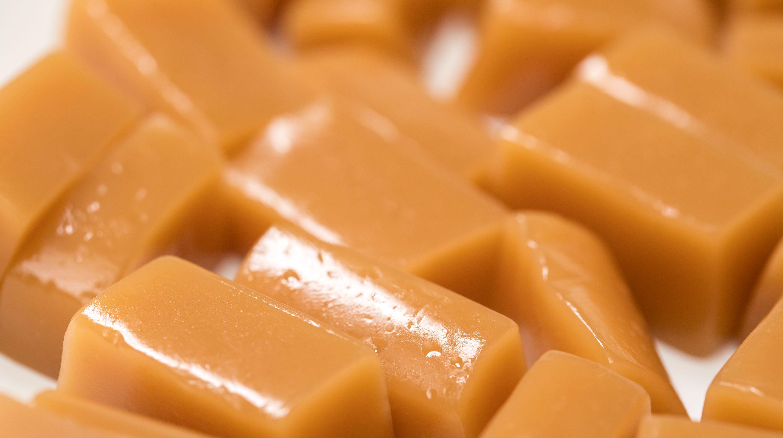 DIY Christmas gift idea: Make vanilla sea salt caramels