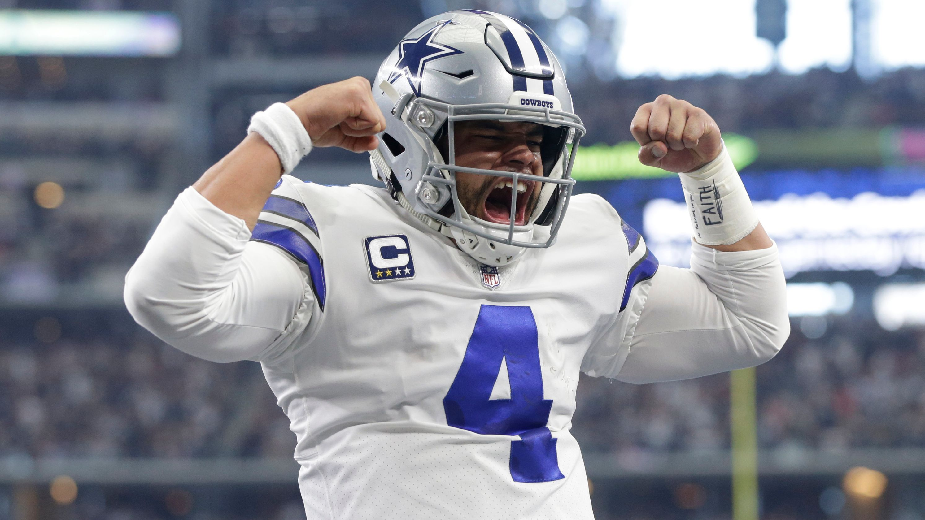 Cowboys clinch NFC East title with win over Buccaneers