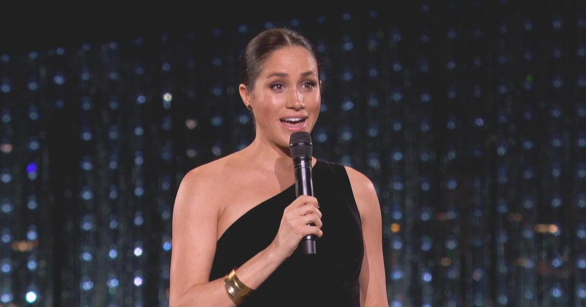 Meghan Markle makes surprise appearance at 2018 British Fashion Awards