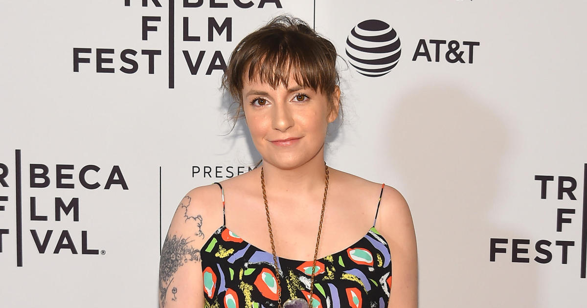 Lena Dunham apologizes for defending friend accused of sexual assault