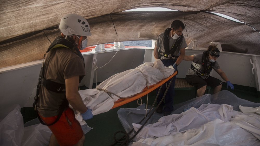 At least 14 dead on refugee boat off Libya: Official