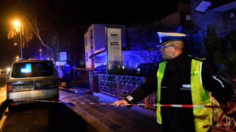 Five teenage girls die in escape room blaze in Poland
