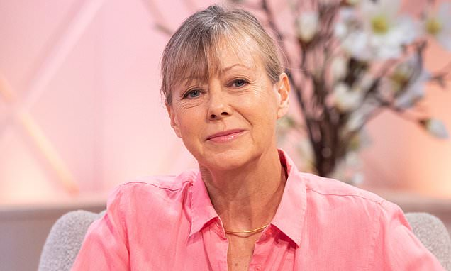 Actress Jenny Agutter says she cannot fully understand #MeToo victims