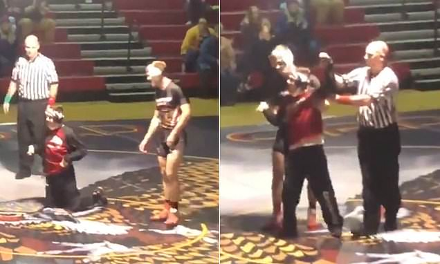 High school wrestler brings joy to teen with disability during match