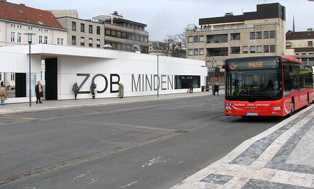Drunk Afghan refugee drags 17-year-old German girl off bus by her hair