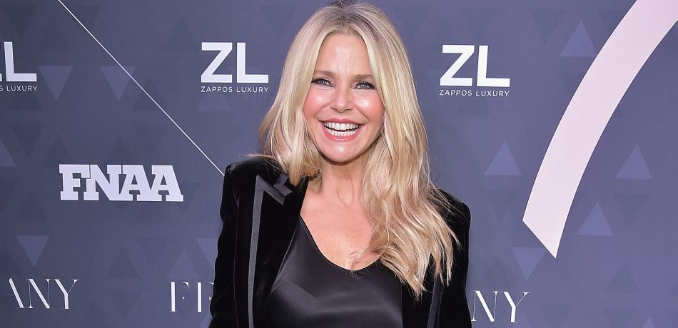 Christie Brinkley Shares Picture Of Her Tight Body In Black Bikini, Shows How Amazing 64 Can Look