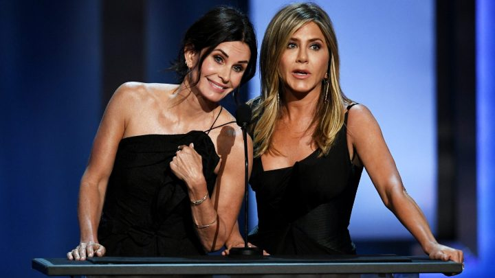 Courteney Cox Launched Her Instagram Account With a 'Friends' Reunion