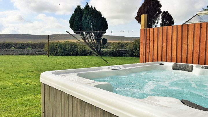 Hackers Learn To Access Hot Tub Information, Making Home Break-Ins Easier