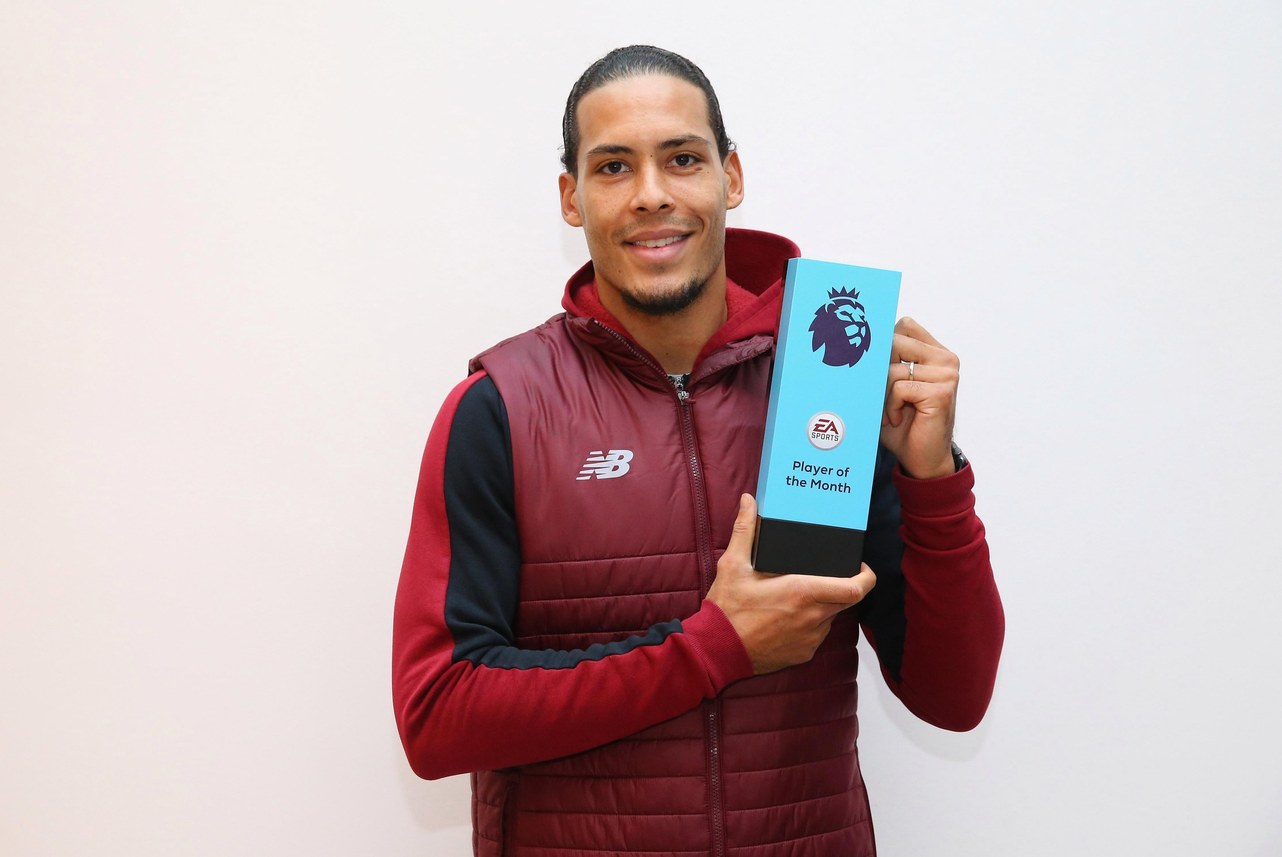Virgil van Dijk becomes first defender since 2013 to win Player of the Month