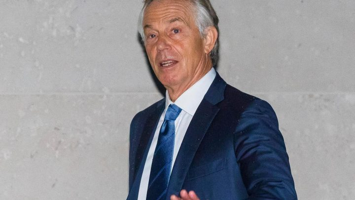 Tony Blair slams 'incapable' Jeremy Corbyn for refusing Brexit talks with Theresa May and failing to 'exploit the situation'