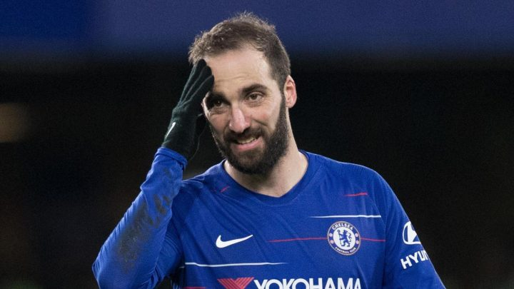 Fans troll Chelsea for buying 'wrong striker' Higuain after Piatek scores two on first start for AC Milan
