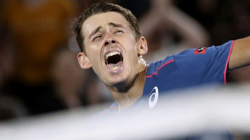 De Minaur 'ready' for Australian Open after private jet to Melbourne