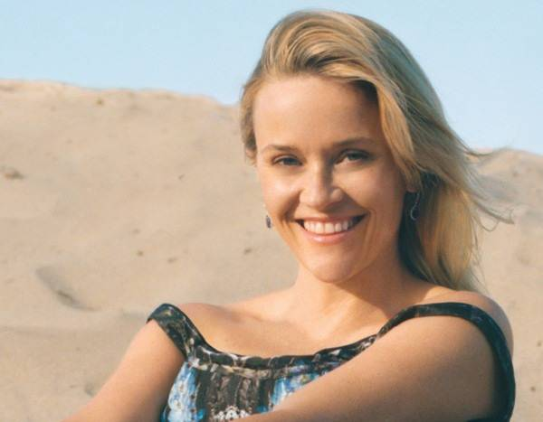 Reese Witherspoon Poses With Her Mom & Daughter for Vogue